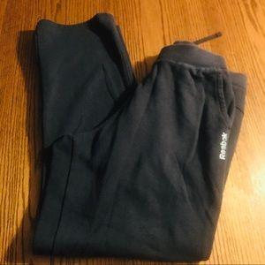 Like new Reebok jogging pants size Med B32